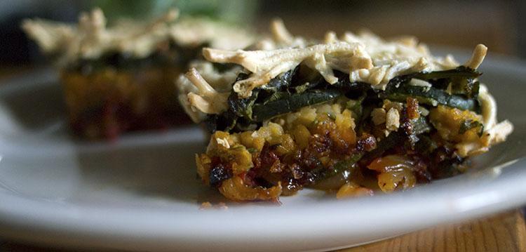 Mini lasagnes aux pois chiches persillés et aux courgettes