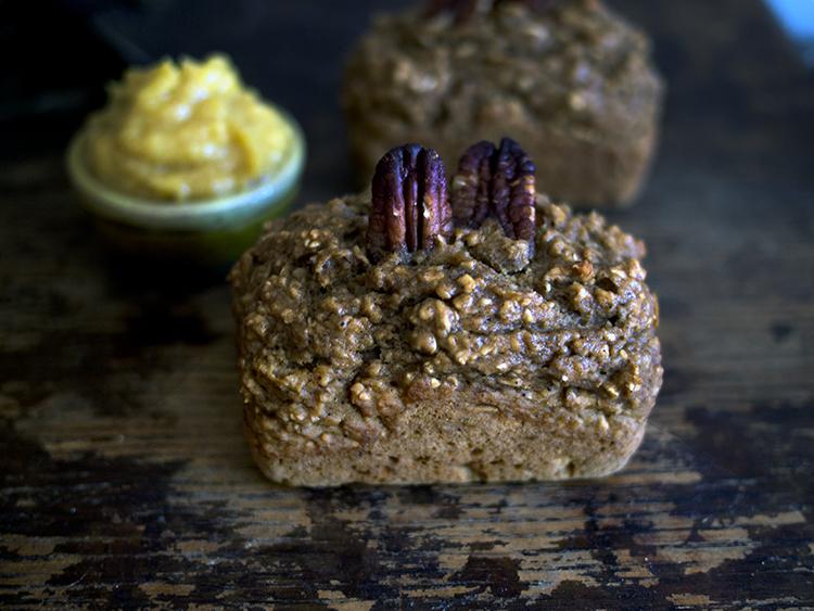 Petits pains à la courge poivrée + compote