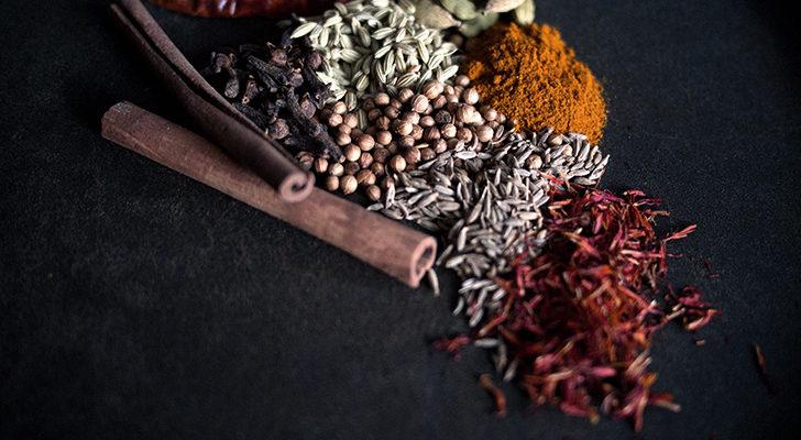 Les épices dans la cuisine indienne