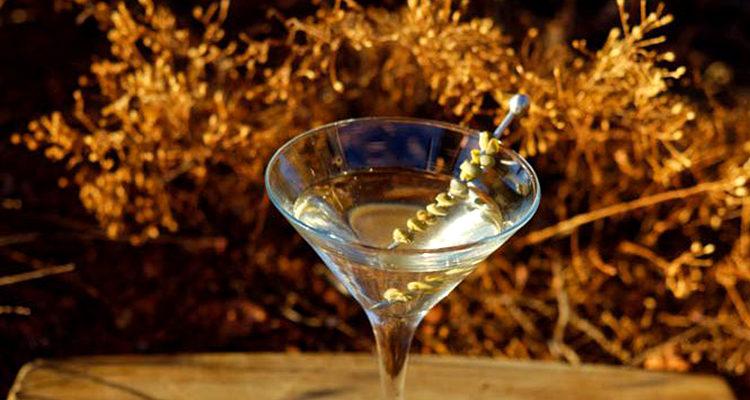 Le martini trouble ou « Dirty Martini » aux câpres