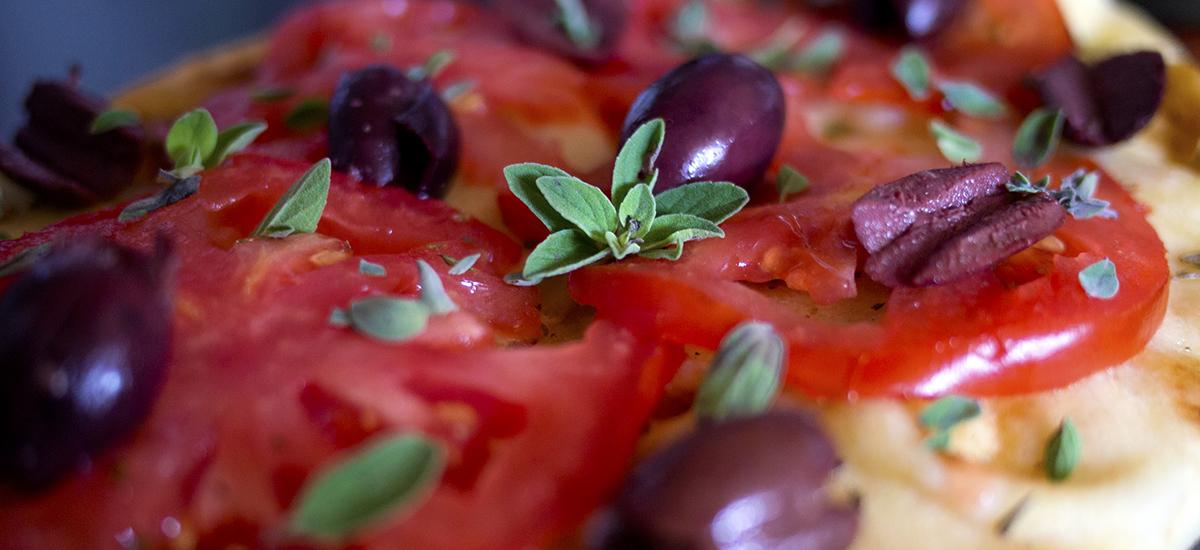 Pizza à la grecque + tzatziki